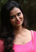 Actress Meenakshi Dixit Images