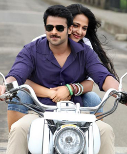 Prabhas And Anushka Shetty Getting Engaged In December